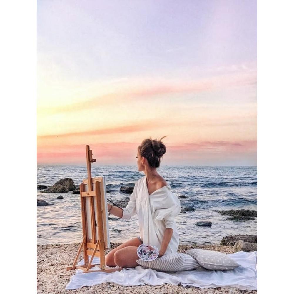Женщина рисование у моря картина по номерам 40х50